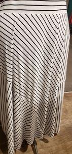 Torrid size 3 maxi skirt